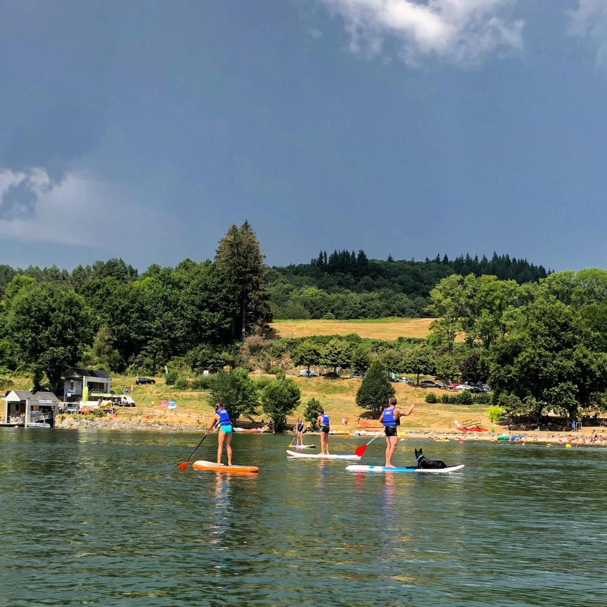 Paddle-lac de la Raviège_chien